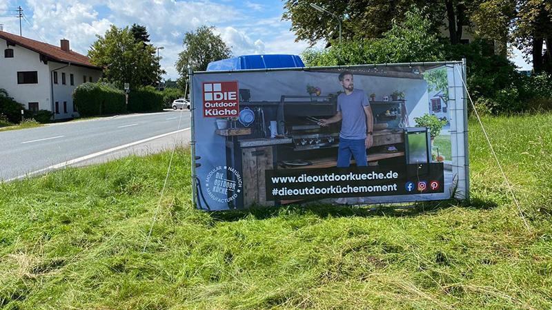 dieoutdoorkueche-news-marketing-werbebauzaunbanner-01